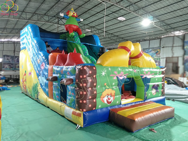 clown inflatable slide