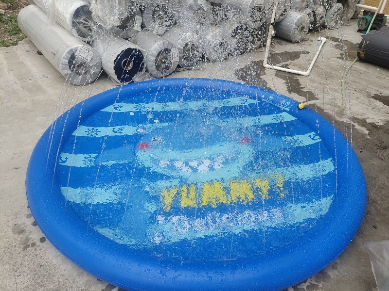 inflatable splash pool
