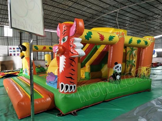 china inflatable fun park