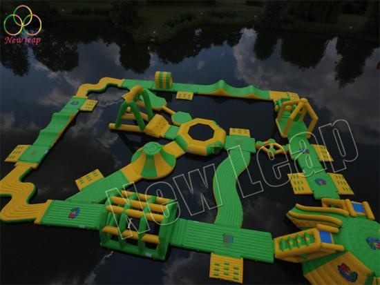 floating inflatable aqua park