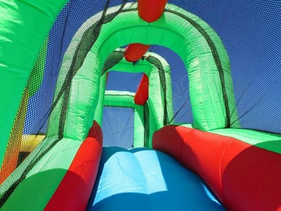 inflatable jumper castle with fan