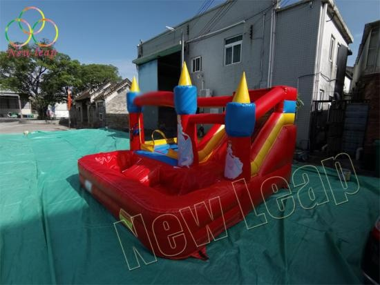 inflatable bounce with pool